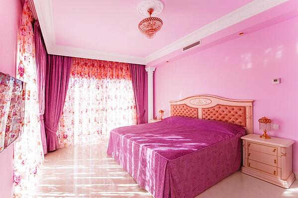 obnoxious pink girls bedroom
