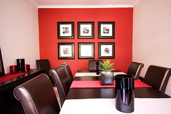 red accent wall in modern living room
