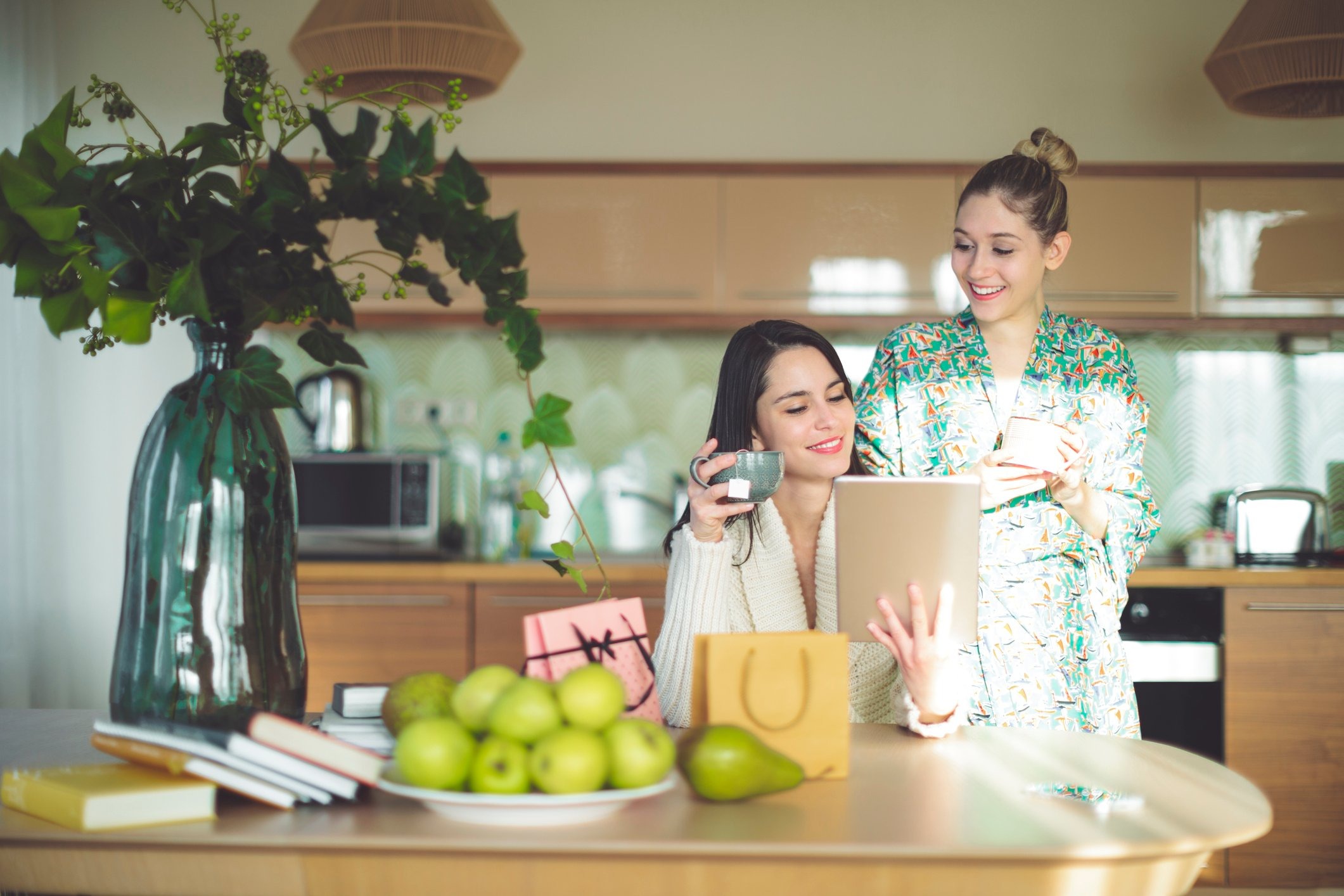 Tips on How to Pay Down Credit Card Balances & Spend Less