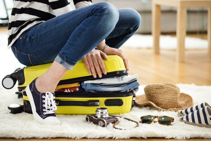Going on Vacay? Here's 6 Extremely Useful Items to Pack